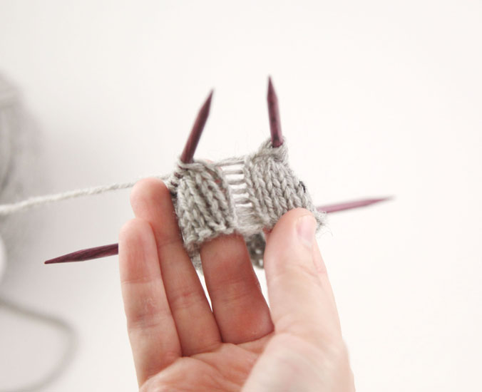 Knitting Picking Up Stitches For Thumb : * Knitting Tips and Advice